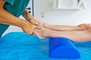 Разработка голеностопного сустава после перелома видео для повреждения крестообразных связок коленного сустава характерен симптом