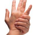 Вывих пальца: симптомы и решение проблемы