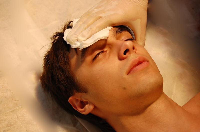 Первая помощь при получении травматического шока